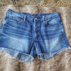 LEVI STRAUSS & CO. Shorts 501